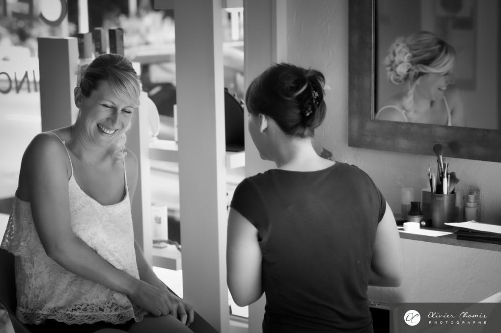 photo spontanée et naturelle de la mariée par olivier chomis photographe à valence